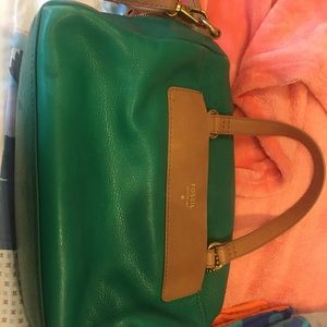 Green Authentic fossil purse- good condition